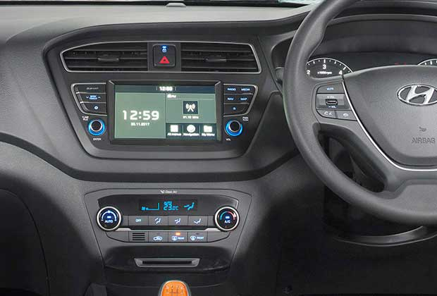 17.77 cm touchscreen infotainment system in Hyundai i20 2018 model