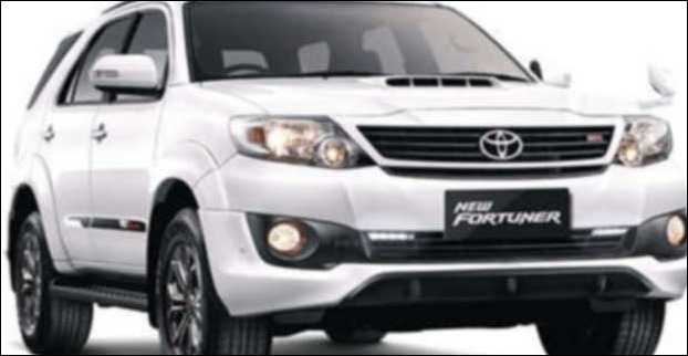 Fortuner has a large wheelbase of 2750 mm and a ground clearance of 220 mm