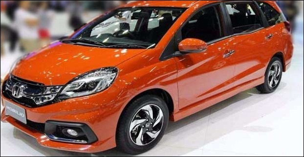 The USP of Mobilio is is huge interior space and it competes with Ertiga in this segment