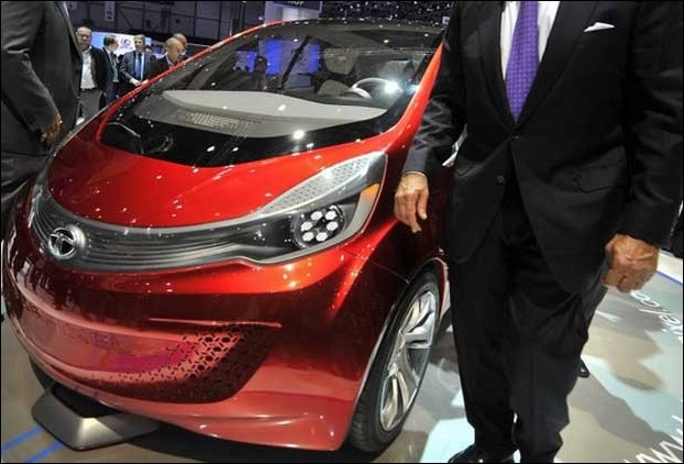 Tata Megapixel Hybrid Car has generated alot of exitement in Indian perspective considering the 100 kilometer per liter mileage average