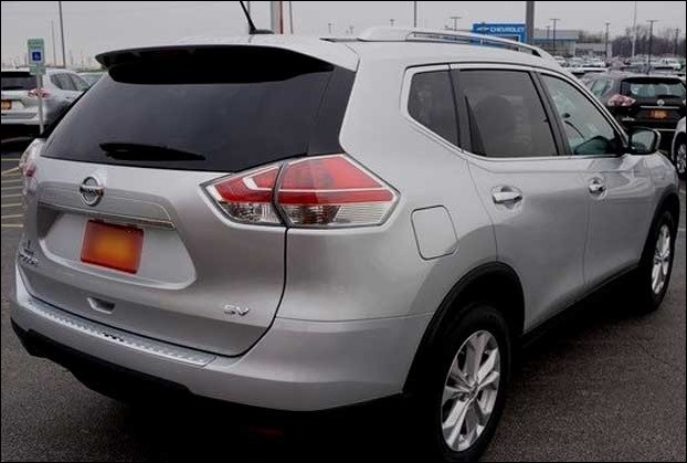 Nissan Rogue has a  fuel economy of 26 mpg in the city and 33 mpg on the highway.