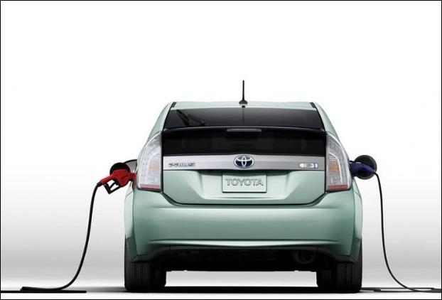 What is a plugin hybrid car !