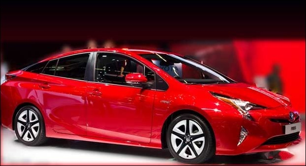 The price of Toyota Prius Hybrid will be around Rs 39.8 lakh in India