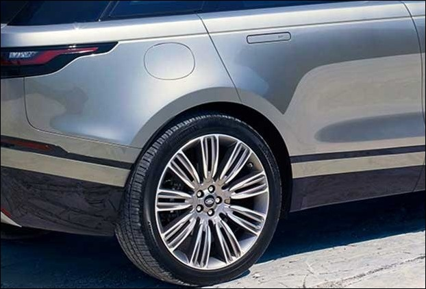 The 22 inch alloy wheels in Range Rover Velar adds beauty as well as stability to the suv
