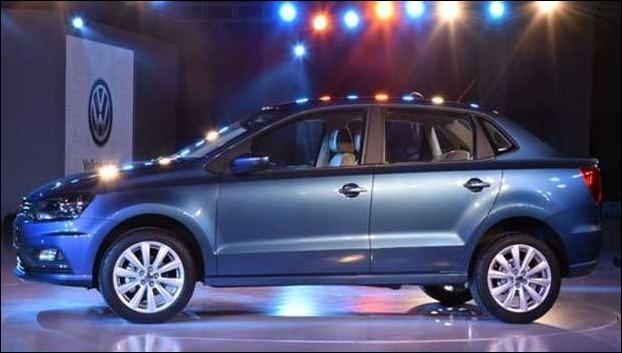 VW Ameo petrol has 17.83 kmpl mileage with 45 litre fuel tank